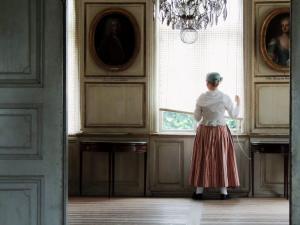 7 MUJER VESTIDA DE ÉPOCA S XVIII,MUSEO SKANSEN-ESTOCOLMO